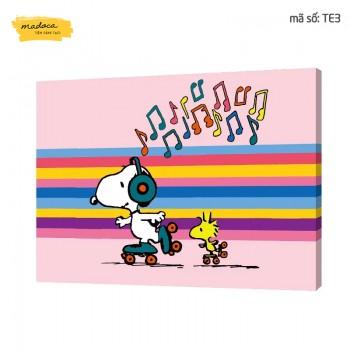 Tranh tô màu Chú cún Snoopy nghe nhạc TE3